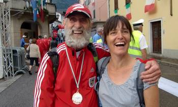 Two international runners at the World Masters Mountain Running Championships (Copyright © 2012 runinternational.eu)