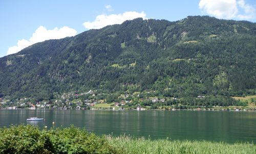 Gerlitzen as seen from the Strandbad St. Andrä at the Ossiacher See, Kärnten, Austria (Copyright © 2017 Hendrik Böttger / runinternational.eu)