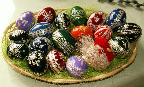 Easter eggs in the Haná region in Moravia, Czech Republic (Photo: Author: Jan Kameníček / commons.wikimedia.org / Public Domain / image cropped by runinternational.eu)