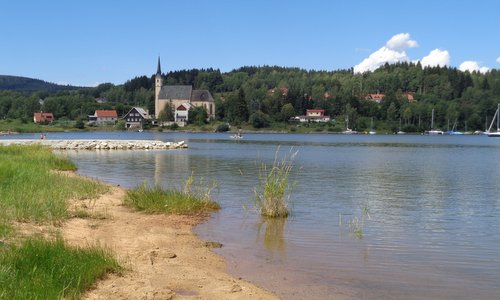 Přední Výtoň, Lipno Reservoir, Czech Republic (Photo: Copyright © 2018 Hendrik Böttger / runinternational.eu)