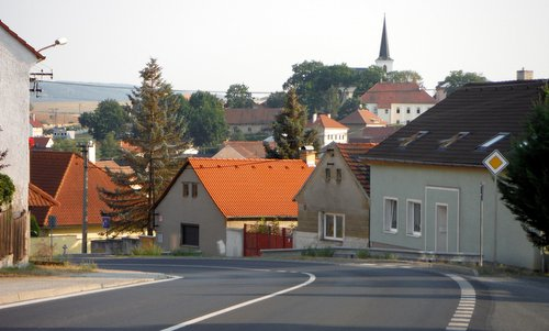 Půlmaraton Plzeňského kraje - The route through Litice, Plzeň, Czech Republic (Copyright © 2015 Hendrik Böttger / runinternational.eu)