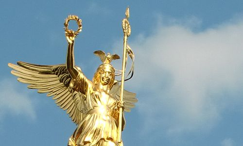 Statue of Victoria on the Berlin Victory Column (Copyright © 2013 Hendrik Böttger / runinternational.eu)