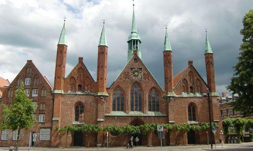 Heiligen-Geist-Hospital, Lübeck, Germany (Copyright © 2012 runinternational.eu)
