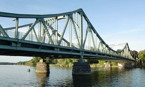 Glienicker Brücke - Glienicke Bridge, Potsdam, Germany (Copyright © 2013 Hendrik Böttger / Run International EU)