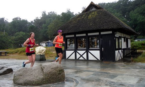Alpen-Lauf Hohwacht, Germany - The 5k and 10k races take the runners along the Strandpromenade (beach promenade) - Copyright © 2017 Hendrik Böttger / runinternational.eu