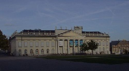 Fridericianum, Kassel, Germany (Author: User BinPaul on de.wikipedia / public domain / photo modified by runinternational.eu)