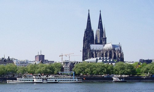 Cologne Cathedral (Kölner Dom), Germany - Author: Schweinepeterle / de.wikipedia.org / public domain / photo modified by runinternational.eu