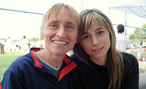 Judit Nagy and her daughter Réka Földing (Copyright © 2009 Hendrik Böttger / runinternational.eu)