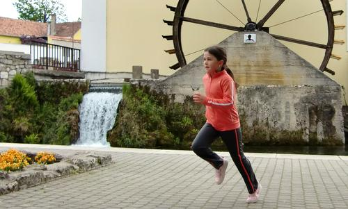 Tapolca Félmaraton - at the old mill in Tapolca (Copyright © 2012 runinternational.eu)