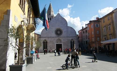 Duomo di Muggia, Italy (Copyright © 2011 Hendrik Böttger / runinternational.eu)