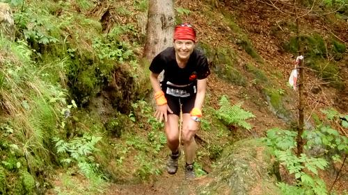 Skyrace Carnia 2011, fun in the forest (Copyright © 2011 runinternational.eu)