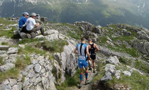 Skyrace Carnia - runners on the descent from Pal Piccolo (Copyright © 2015 Hendrik Böttger / runinternational.eu)