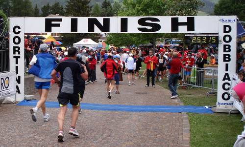 Cortina Dobbiaco Run, finish in Dobbiaco (Copyright © 2012 Hendrik Böttger, runinternational.eu)