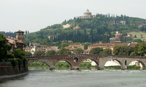 Ponte Pietra, Verona, Italy (Copyright © 2013 Hendrik Böttger / Run International EU)