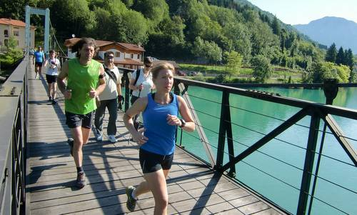Marcia 'La Panoramica', Lago di Barcis, Italy - across a beautiful bridge (Copyright © 2013 Hendrik Böttger / Run International EU)