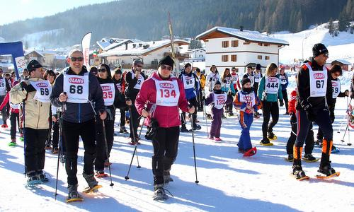 Ciasp DoloMitica - snowshoe walkers in the Dolomites in Italy (Photo by courtesy of Gianluigi Topran d'Agata, Associazione SOL OMNIBUS LUCET)