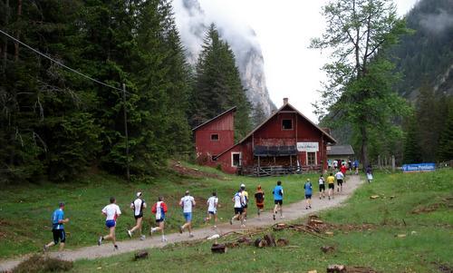 Cortina Dobbiaco Run, Italy (Copyright © 2016 Hendrik Böttger / runinternational.eu)