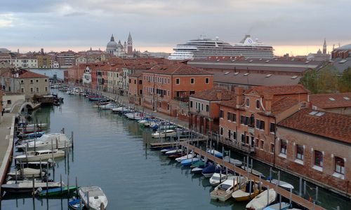 The MS Marina cruise ship in Venice, Italy (Photo: Copyright © 2017 Anja Zechner / runinternational.eu)
