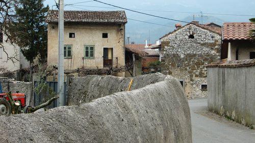 Batuje, Vipava Valley, Slovenia (Copyright © 2010 Hendrik Böttger / runinternational.eu)
