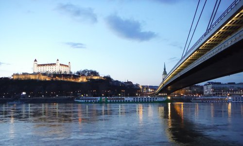 Bratislava Castle, Slovakia (Copyright © 2015 Hendrik Böttger / runinternational.eu)