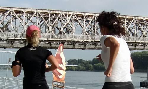 Runners on the River Danube in Bratislava (Copyright © 2013 Hendrik Böttger / Run International EU)